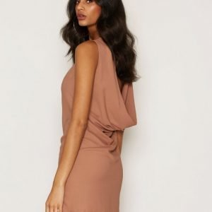 Nly One Scoop Back Dress Loose Fit Mekko Camel