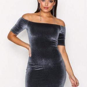 Nly One Short Sleeve Velvet Dress Kotelomekko Harmaa