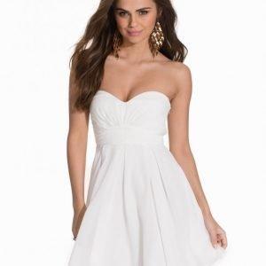 Nly One Sparkle Flare Dress Kotelomekko Valkoinen