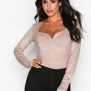 Nly One Sweetheart Suede Body Beige
