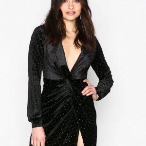 Nly One Twist Dot Velvet Dress Kotelomekko Musta