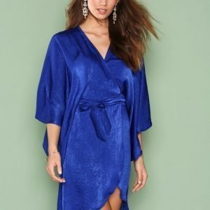 Nly One Wrap Kimono Midi Dress Loose Fit Mekko Cobalt Blue