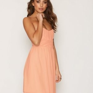 Nly One Wrapped Bandeau Dress Skater Mekko Peach