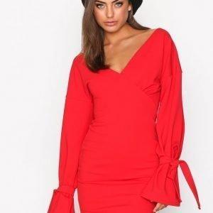 Nly Trend Block Tie Sleeve Dress Kotelomekko Punainen