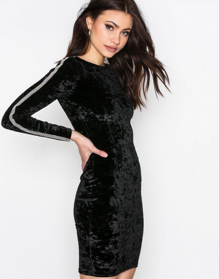 Nly Trend Brilliant Mini Dress Kotelomekko Musta - Vaatekauppa24.fi 009d9d5fba