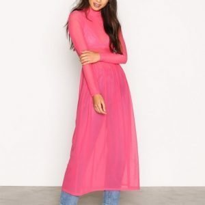 Nly Trend Covered Mesh Dress Loose Fit Mekko Vaaleanpunainen