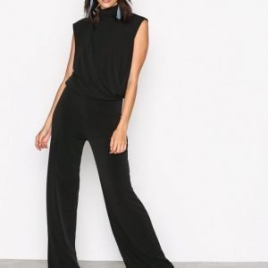 Nly Trend Covered Sleeveless Jumpsuit Musta