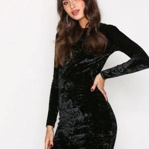 Nly Trend Crushed Velvet Mini Dress Kotelomekko Musta