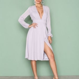 Nly Trend Deep V Midi Dress Loose Fit Mekko Vaaleanharmaa