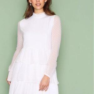 Nly Trend Dotted Flirt Dress Loose Fit Mekko Valkoinen