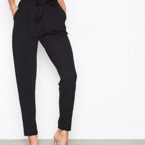 Nly Trend Dressed Tie Pants Housut Musta