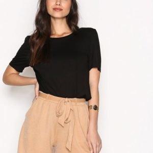 Nly Trend Dressed Tie Shorts Shortsit Beige