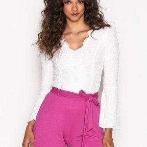 Nly Trend Dressed Tie Shorts Shortsit Fuchsia