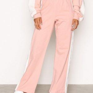 Nly Trend Faux Fur Pants Housut Vaaleanpunainen / Valkoinen