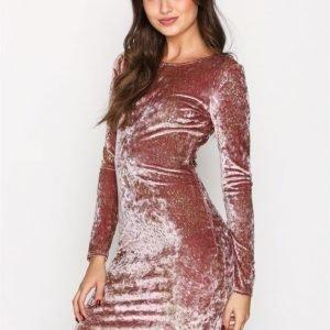 Nly Trend Formation Mini Dress Kotelomekko Light Pink