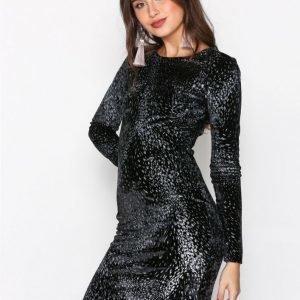 Nly Trend Formation Mini Dress Kotelomekko Musta