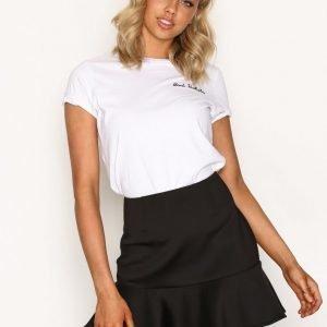 Nly Trend Frill Flirty Skirt Minihame Musta