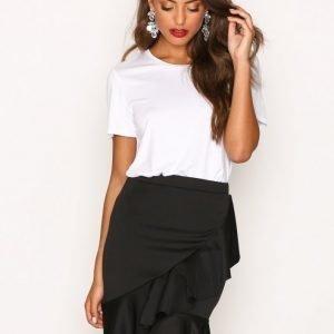 Nly Trend Frill Skirt Midihame Musta