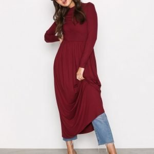 Nly Trend Gathered Turtleneck Dress Pitkähihainen Mekko Burgundy