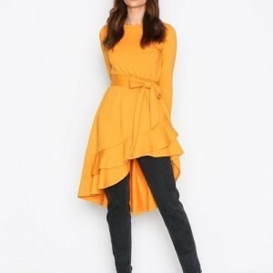 Nly Trend High Low Frill Ls Dress Pitkähihainen Mekko Mustard