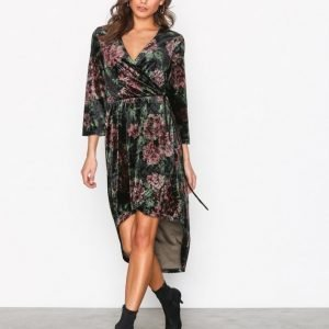 Nly Trend High Low Printed Velour Dress Loose Fit Mekko Kuviollinen