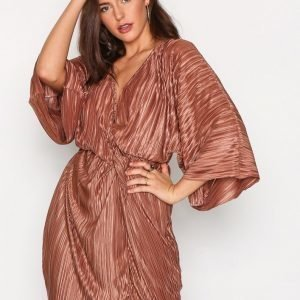 Nly Trend Knot Pleat Kimono Dress Loose Fit Mekko Bronze