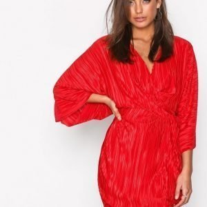Nly Trend Knot Pleat Kimono Dress Loose Fit Mekko Punainen