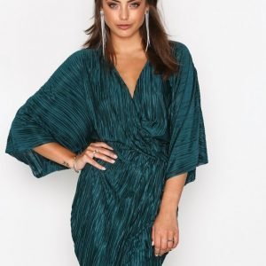 Nly Trend Knot Pleat Kimono Dress Loose Fit Mekko Tummanvihreä
