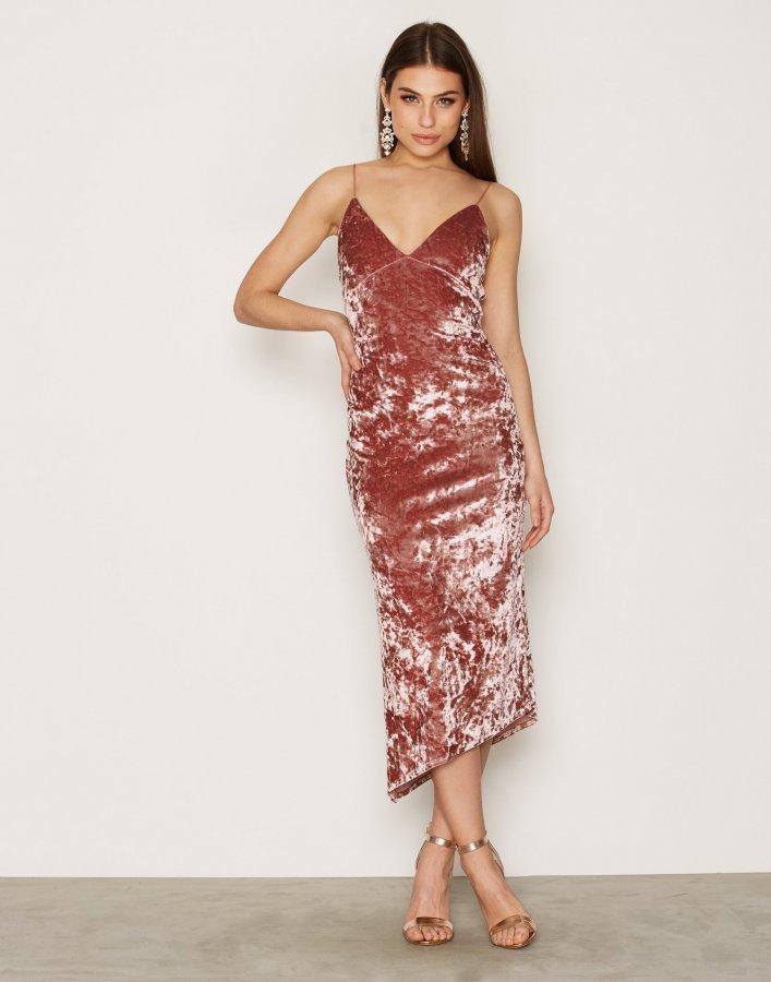 Nly Trend Lady In Pink Dress Maksimekko Vaaleanpunainen ... d706f84768