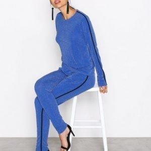 Nly Trend Lurex Sporty Set Jumpsuit Tummansininen
