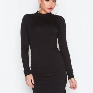 Nly Trend Off Duty Dress Pitkähihainen Mekko Musta