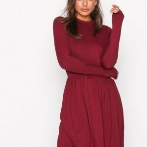 Nly Trend Perfect Covered Dress Skater Mekko Burgundy