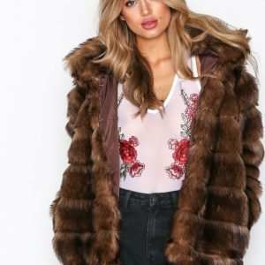 Nly Trend Puffy Fur Coat Tekoturkki Ruskea