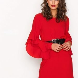 Nly Trend Ruffle Sleeve Dress Loose Fit Mekko Punainen