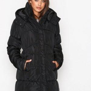Nly Trend Shaped Puffer Jacket Parkatakki Musta