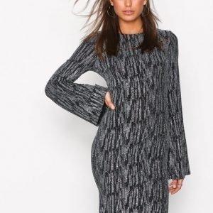Nly Trend Sparkle Wide Mini Dress Kotelomekko Musta   Hopea 87ac291a26