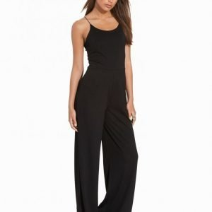 Nly Trend Strappy Jumpsuit Musta