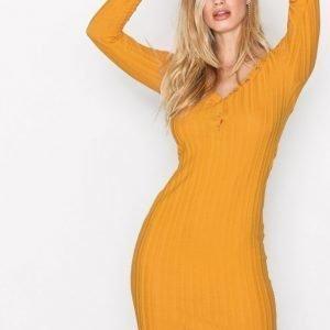 Nly Trend Sweetheart Button Dress Pitkähihainen Mekko Mustard