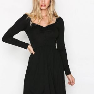 Nly Trend Sweetheart Shift Dress Pitkähihainen Mekko Musta