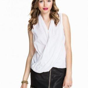 Nly Trend Twist Woven Shirt Juhlapaita Optical White
