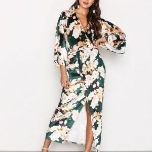 Nly Trend Velvet Kimono Dress Pitkähihainen Mekko Kuviollinen
