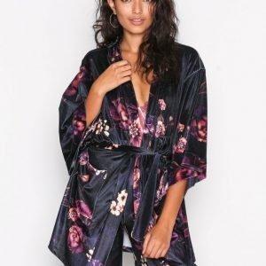 Nly Trend Velvet Set Kimono Jacket Jakku Kuviollinen