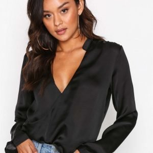 Nly Trend Wrap Me Blouse Arkipaita Musta