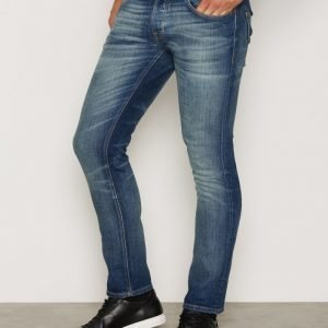 Nudie Jeans Grim Tim Dark Crispy Worn Farkut Denim