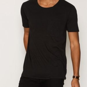 Nudie Jeans Lukas Skewed Pocket Tee T-paita Black
