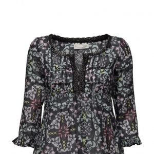 ODD MOLLY Amor Blouse