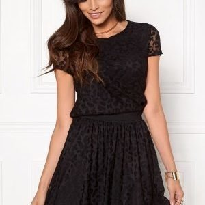 ONLY Cara Leo S/S Lace Top Black