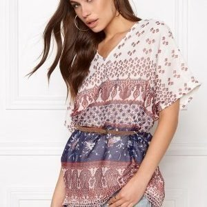 ONLY Emmi 2/4 Tunic Cloud Dancer 1