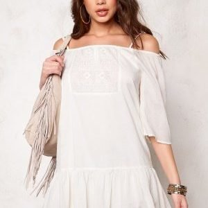 ONLY Guntal Off Shoulder Dress Whisper White