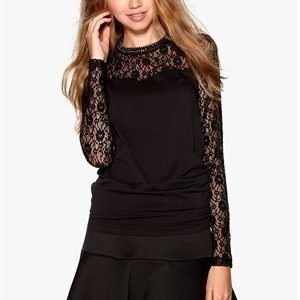 Object Lip Lace L/S Top Black